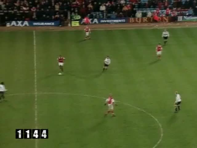 Watch and share 110 Giggs (FA Cup) GIFs by mu_goals_2 on Gfycat