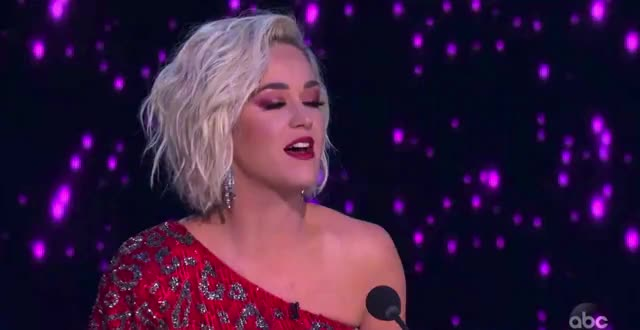 Watch this american idol GIF by American Idol (@americanidol) on Gfycat. Discover more american idol, american idol season 17, americanidol, celebrity, evelyn cormier, katy perry, lionel richie, luke bryan, ryan seacrest, season 17, singing GIFs on Gfycat