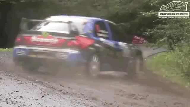 Rally car turns the corner : nonononoyes GIFs