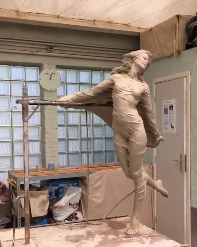 The detail of this sculpture | By Lui Li Rong GIFs