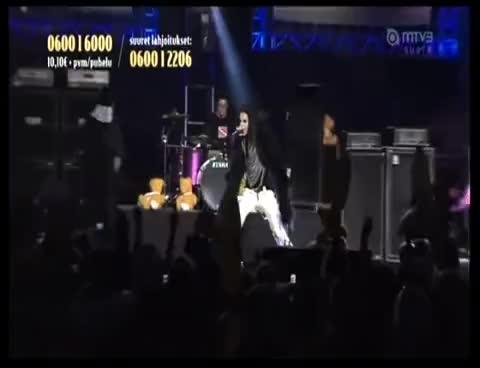 bill kaulitz, live, tokio hotel, Tokio Hotel Finland 5 GIFs