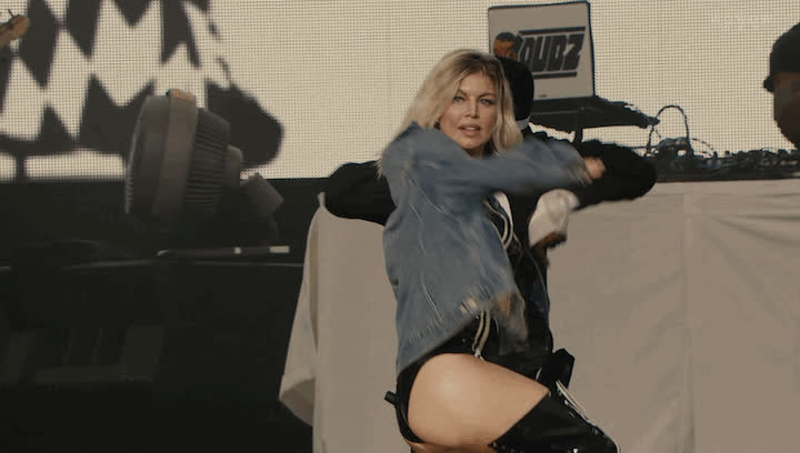 fergie, Fergie Dancing On Stage GIFs