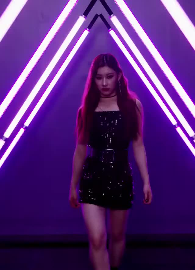 Watch and share Itzy Mac Kr GIFs on Gfycat