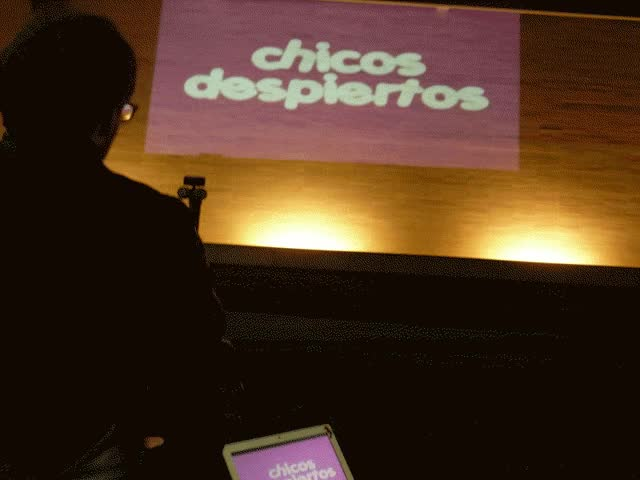 Watch CHICOS DESPIERTEN! 26 Octubre, 2010 GIF on Gfycat. Discover more related GIFs on Gfycat