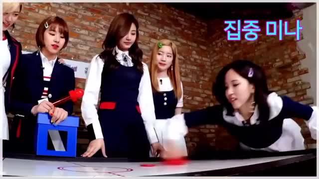 Watch Champion Mina 🏆💕 GIF by Ryan Chan (@ryanckw) on Gfycat. Discover more Champion, Mina, Twice, celebs, dahyun, kpop GIFs on Gfycat
