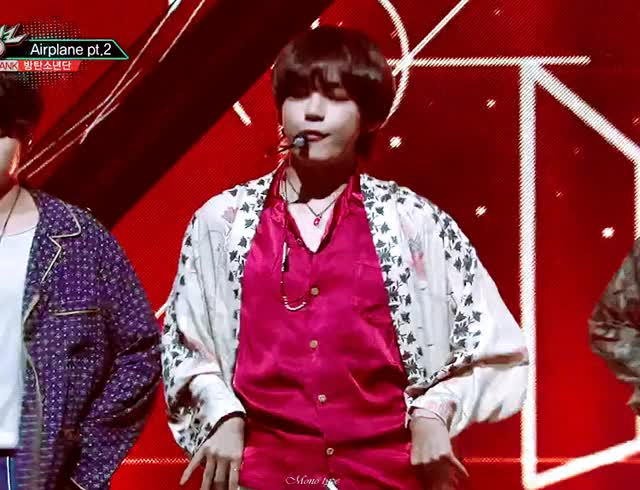 Watch and share 5A899C11-BE42-42DC-AFCD-5DEF44FDA1F3 GIFs on Gfycat