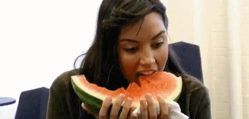 aubrey plaza, watermelon, aubrey plaza eating watermelon GIFs