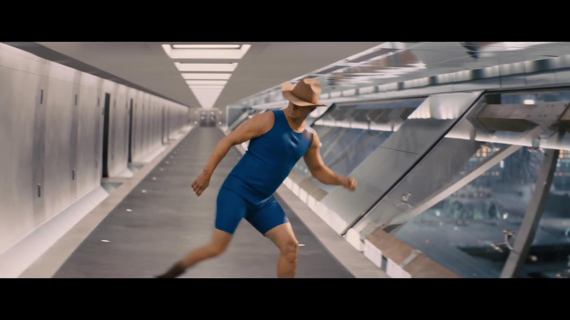 Kingsman: The Golden Circle hé lộ đoạn clip về nữ phản diện Poppy Adams trước ngày công chiếu