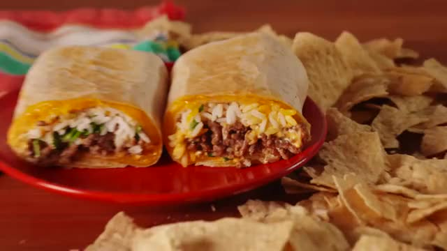 Watch vlc-record-2018-03-06-07h40m55s-Copycat Taco Bell Quesarito Delish- GIF on Gfycat. Discover more related GIFs on Gfycat