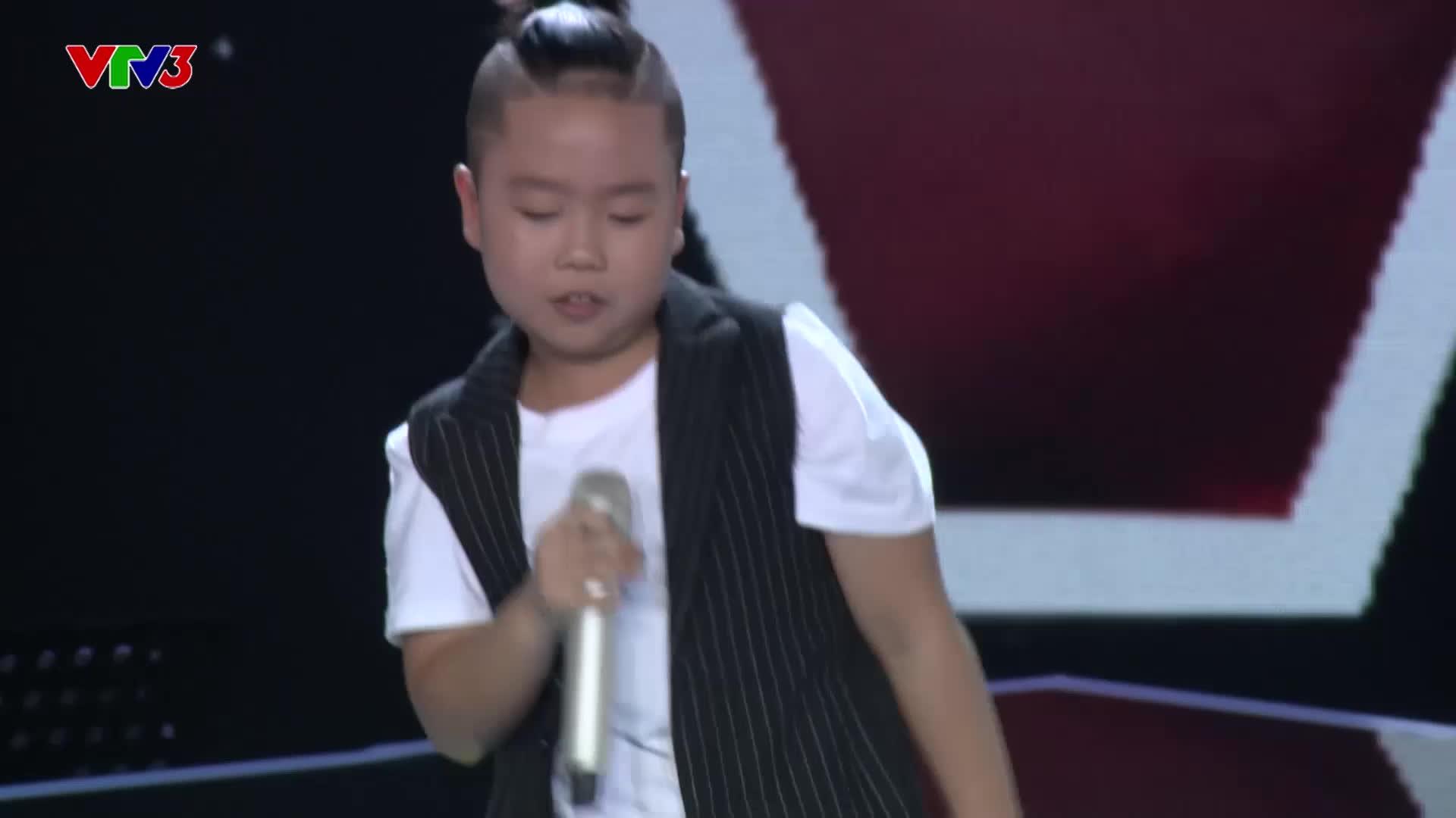 Sụt sùi trên sân khấu, Tiên Cookie vẫn vụt mất thần đồng hát Rock vào tay Soobin Hoàng Sơn