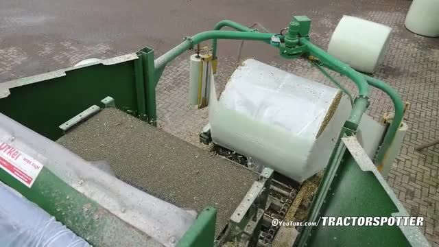 Watch Baling and Wrapping Maize Silage | Orkel MP2000 Compactor | Marla bvba GIF on Gfycat. Discover more maize (food), oddlysatisfying, silage GIFs on Gfycat