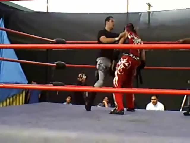 Watch Chimaera vs Johnny Saovi GIF by Blaze Inferno (@metaknightxprophets) on Gfycat. Discover more Chimaera, IWL, Johnny Saovi, Ricardo Rodriguez, Vs, Wrestling GIFs on Gfycat