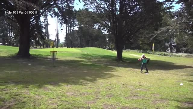 Watch Round 3 2018 San Francisco Open - Hokom hole 10 GIF by Benn Wineka UWDG (@bennwineka) on Gfycat. Discover more dgpt, disc golf, disc golf pro tour GIFs on Gfycat