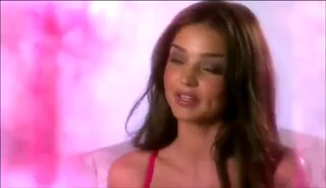 Watch this miranda kerr GIF on Gfycat. Discover more kerr, miranda, miranda kerr GIFs on Gfycat
