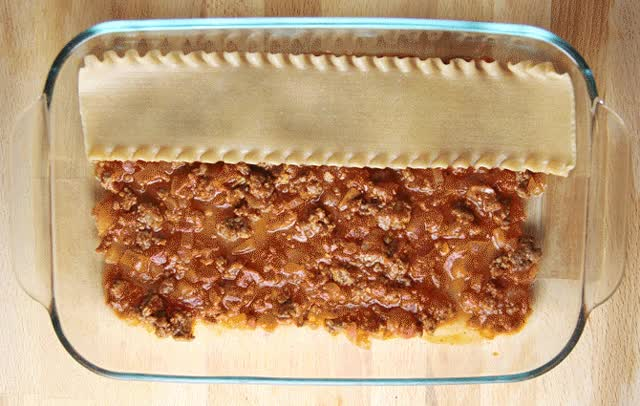 Watch Lasagna animation GIF on Gfycat. Discover more related GIFs on Gfycat