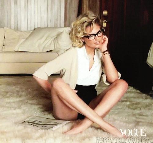 celebrities, girls with glasses, kate upton, kate upton gif, vogue magazine, @KateUpton x@voguemagazineSummer 2013 #1 Alternate GIFs
