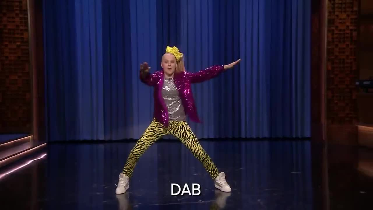 boomerang, dab, dabbing, dancing, floss, fortnite, funny, highlight, humor, interview, kids, nbc, nick, nickelodeon, show, snl, sprinkler, talent, variety, video, Aggressive Dance-Off with JoJo Siwa GIFs