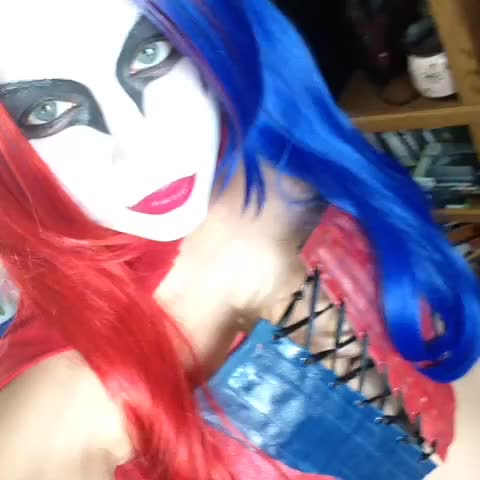 Watch and share ❤️💙Focused, Yeah? #harleyquinn #comicbook #dccomics #joker #suicidesquad #thenew52 DCComics, Warner Bros Pictures #impressions #random #TBT GIFs by @ShadowsOfBeauty on Gfycat
