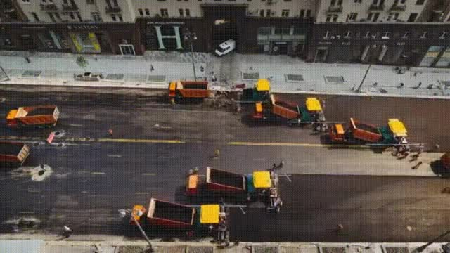 Watch and share Worker GIFs and Road GIFs by anhmjn on Gfycat