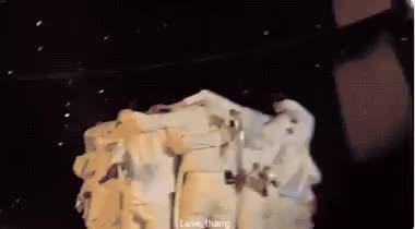 Concert ngày cuối của Wanna One: Hành trình dài 512 ngày khép lại trong nước mắt! ảnh 1