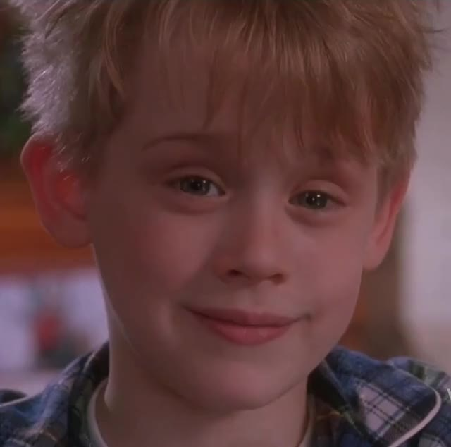 Watch and share Macaulay Culkin GIFs and Home Alone GIFs by Reactions on Gfycat