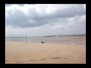 Watch Dude films a tsunami at beach level GIF by K-LAWN (@k-lawn) on Gfycat. Discover more boxing day, koh lanta, tsunami GIFs on Gfycat