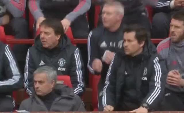 Jose reacts to Mata
