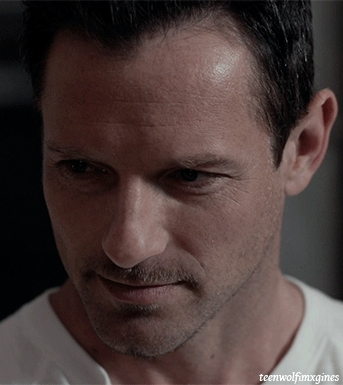 Peter Hale Imagines Gifs Search | Search & Share on Homdor