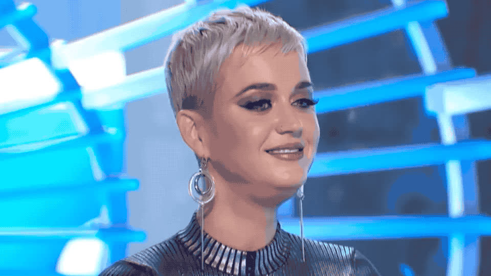 abnormal, american, awkward, frog, funny, heck, hidden, idol, katy, lol, neck, omg, perry, secret, strange, talent, the, throat, weird, what, Katy Perry has a hidden talent GIFs