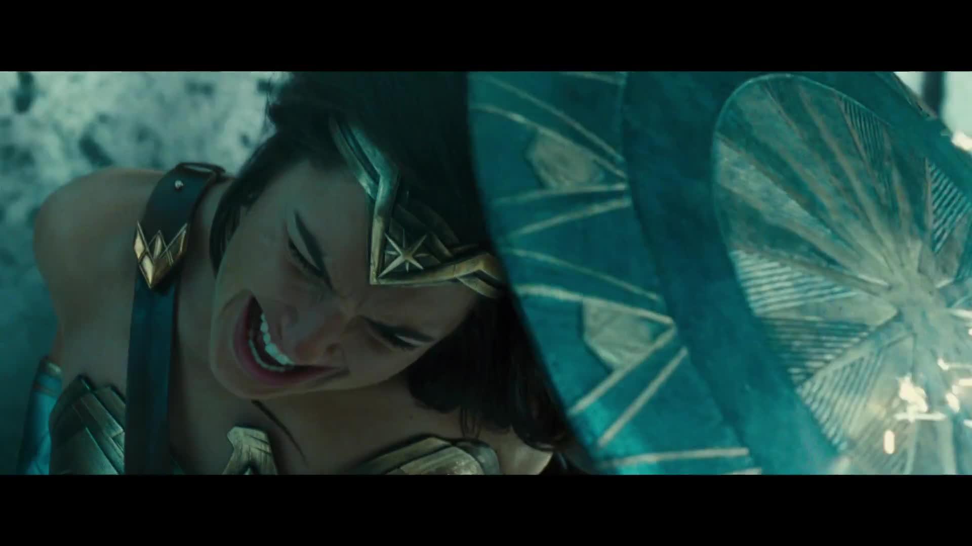 Đủ bằng chứng để khẳng định Wonder Woman đã vực dậy tinh thần cho Vũ trụ DC