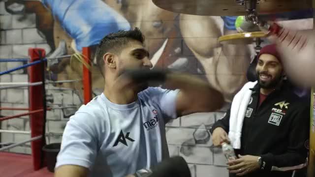 Watch Amir Khan Speedbag GIF GIF on Gfycat. Discover more Boxer GIFs on Gfycat