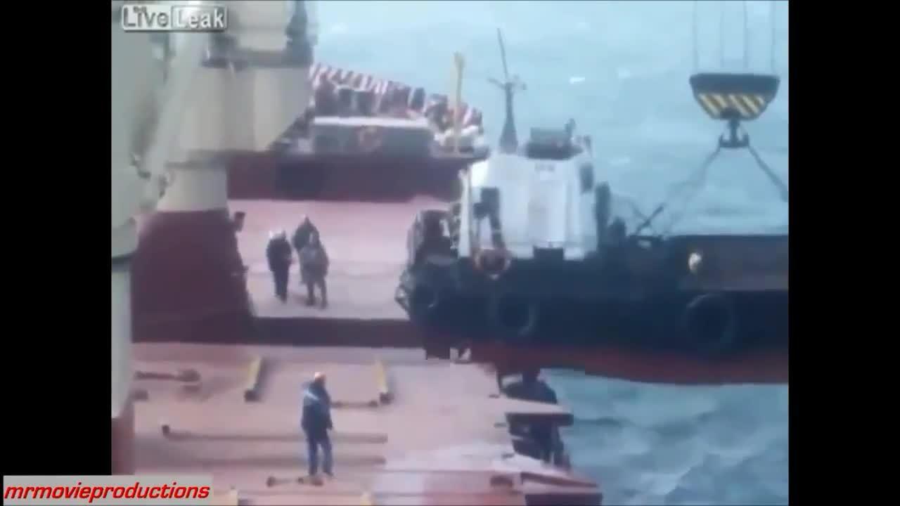 nononono, Craning a lighter aboard. (reddit) GIFs