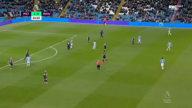 Watch and share West Ham United GIFs and Soccer GIFs by Max Wasson on Gfycat