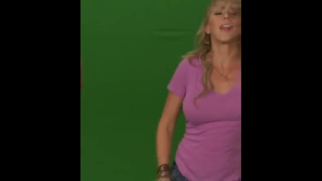 Watch and share Jodie Sweetin GIFs and Bounce GIFs by $amson on Gfycat