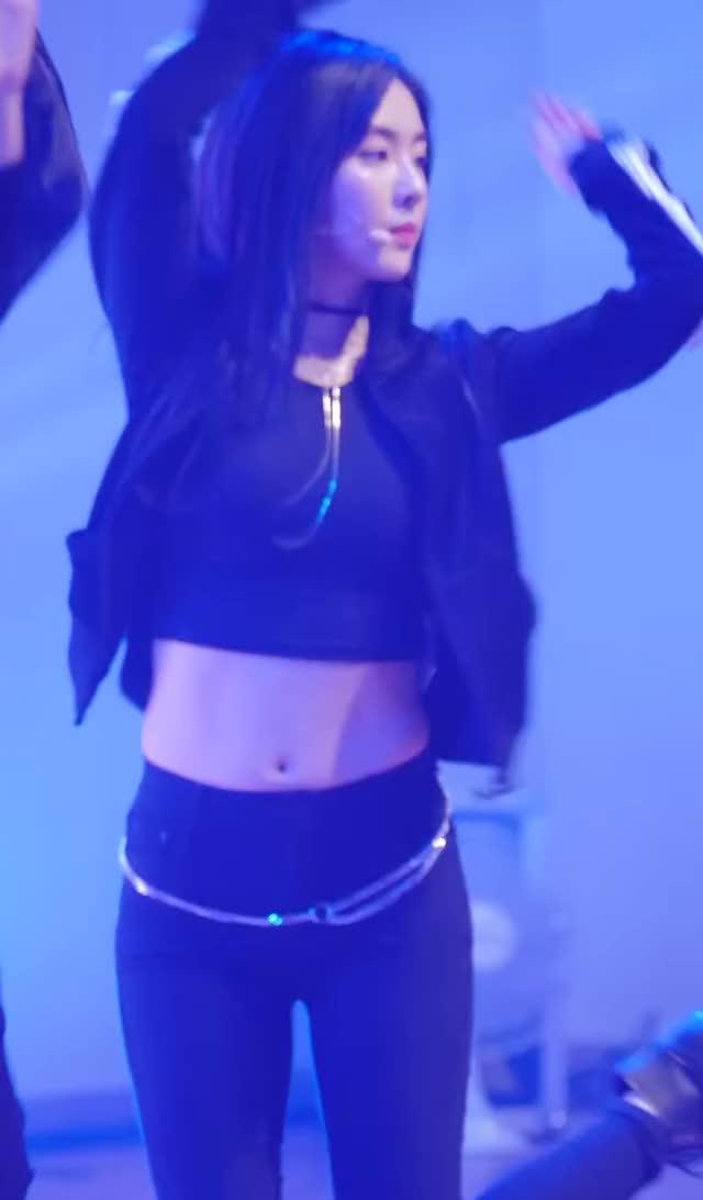 Watch Red Velvet - Irene 180302 5 GIF by Dang_itt (@dang) on Gfycat. Discover more related GIFs on Gfycat