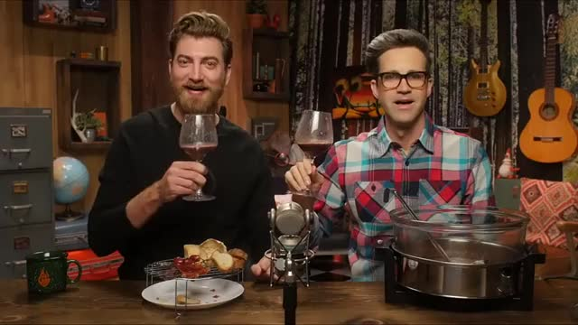 Watch and share Rhett Mclaughlin GIFs and Link Neal GIFs by pki_sme on Gfycat