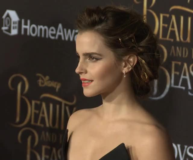 Watch and share Emma Watson GIFs by shapesus on Gfycat