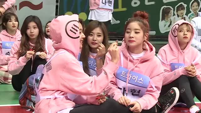 2017 ISAC Unreleased Cut] Girl Group 'MUKBANG' Breaking Time