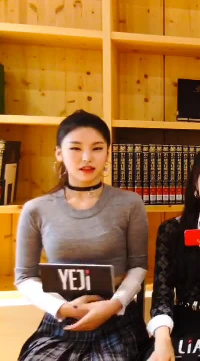 Watch ITZY Yeji GIF by Jer (@jersucks) on Gfycat. Discover more ITZY, Yeji GIFs on Gfycat