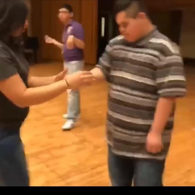 Watch and share Cassandra Dance GIFs by craz be yo daddy on Gfycat