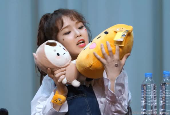 Watch and share Ohmygirl Seunghee GIFs by tseldoon on Gfycat