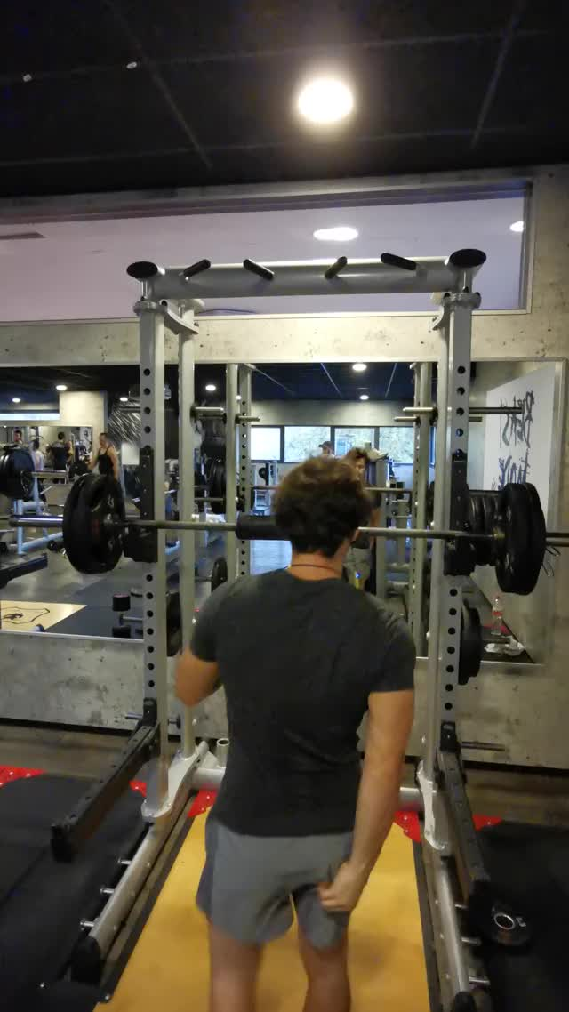 Watch and share 90kg Squat Pr GIFs by waambo on Gfycat