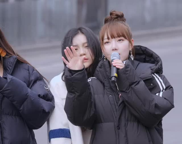 Watch and share Yerin GIFs and Umji GIFs by koreaactor on Gfycat