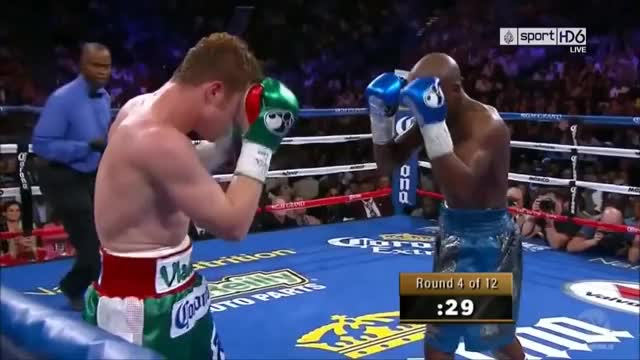 Watch this boxing GIF on Gfycat. Discover more Everlast Boxing gloves, athletes, boxing, boxing classic fight, boxing fight, boxing technique, cardio, everlast boxing gloves, masterful defense, mayweather vs canelo, sports, supper fight, working out GIFs on Gfycat