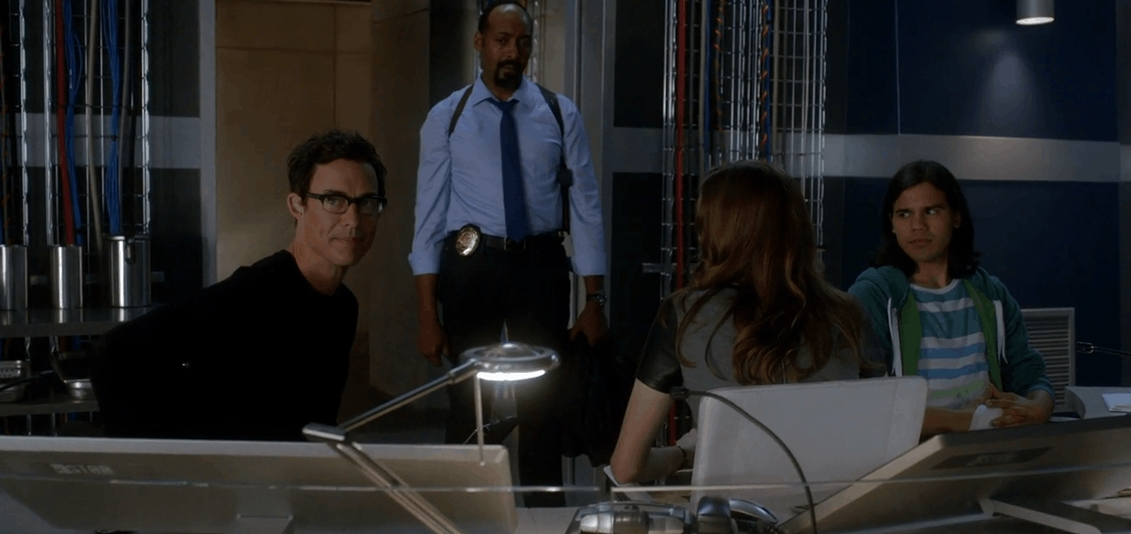 flashtv, I loved this moment between Wells and Felicity. His smug smile sells it. (reddit) GIFs
