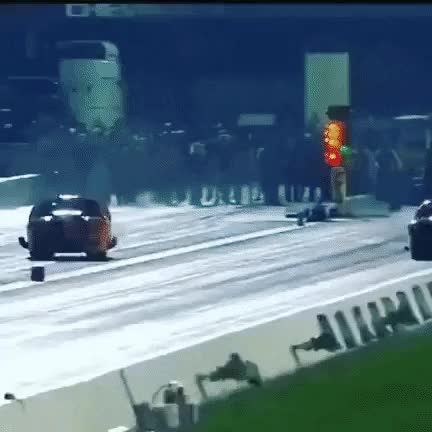 Watch and share Auto Racing GIFs by tulkyy on Gfycat
