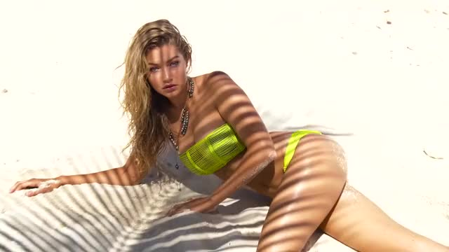 i want to destroy Gigi Hadid right there.
