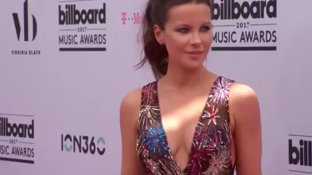 Watch and share Beckinsale GIFs on Gfycat