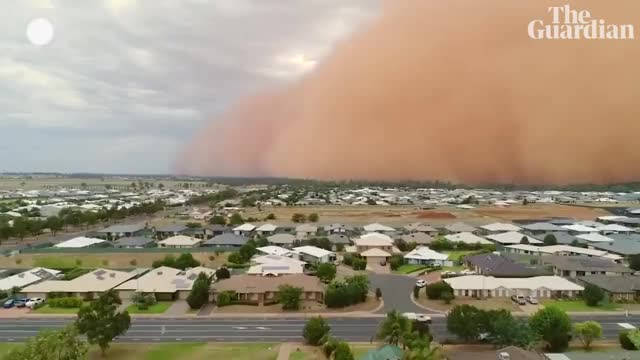 Watch sand storm australia GIF on Gfycat. Discover more 2018, 2019, Fireworks, Guardian, Sandstorm, Weather, au, australia, dubbo, duststorm, gdnpfpnewsau, huge, news, sandstorms, timelapse GIFs on Gfycat