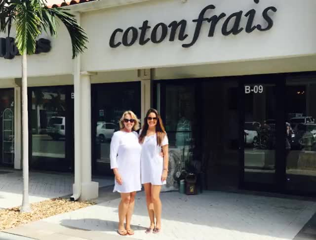 Watch and share Cotton Clothes GIFs and Dresses GIFs by Coton Frais on Gfycat